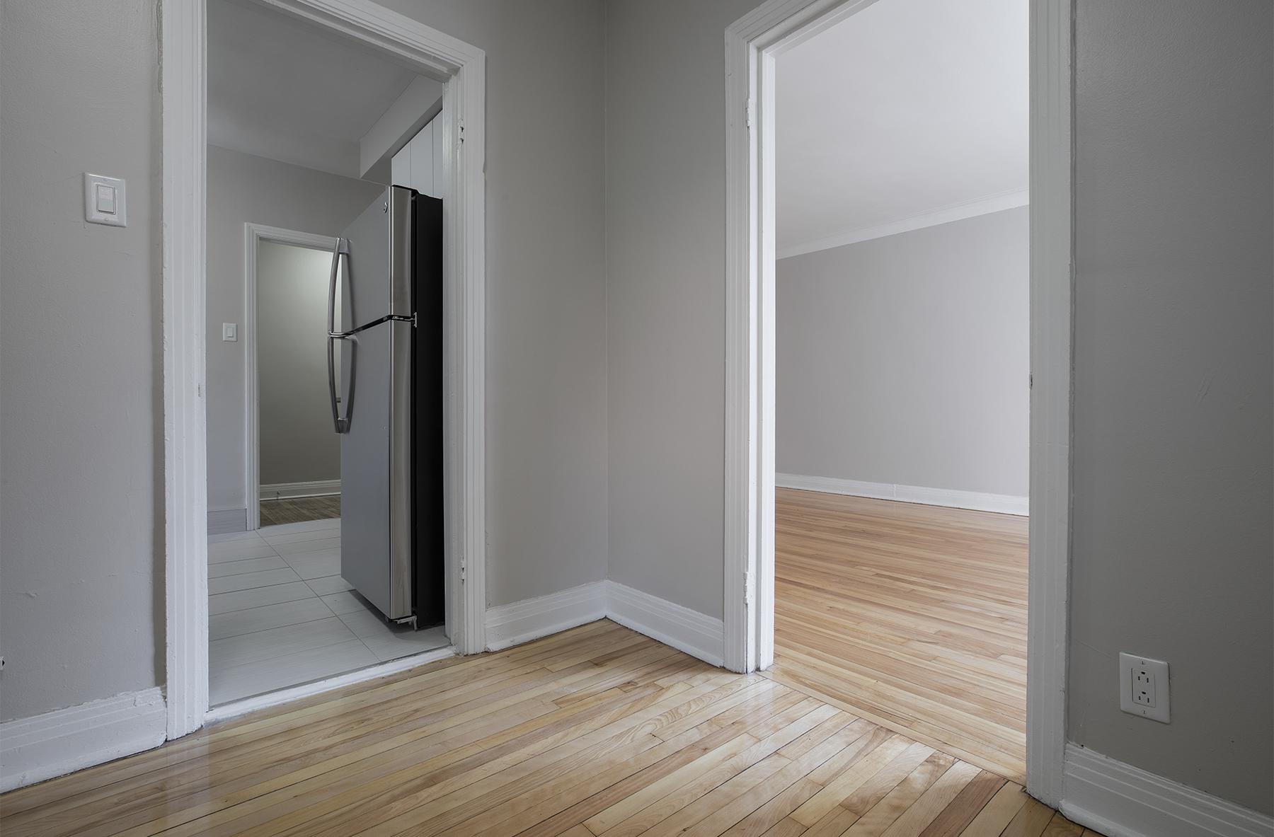 Appartement 2 Chambres a louer à Côte-des-Neiges a 5000 Clanranald - Photo 03 - PagesDesLocataires – L401548