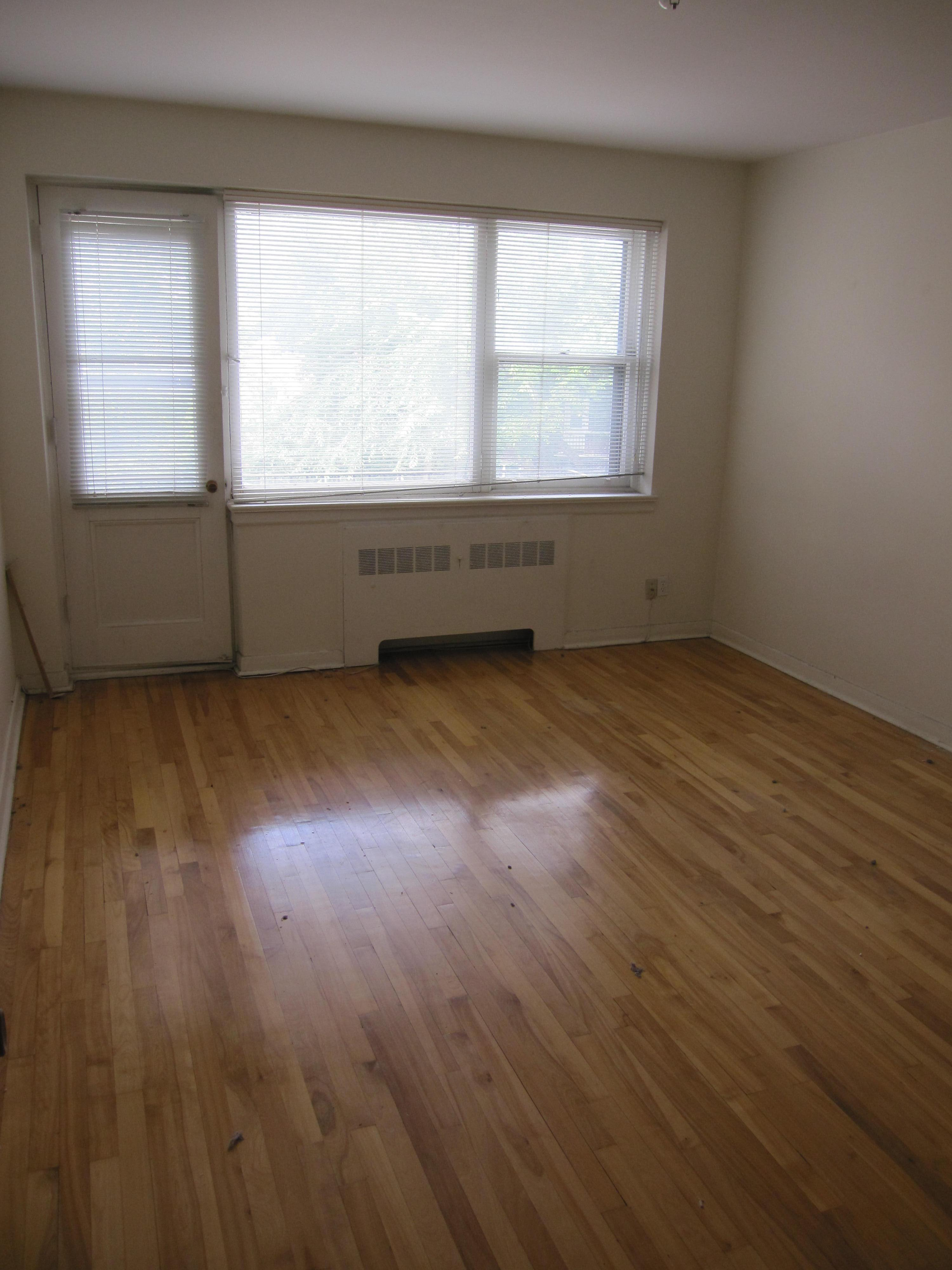 Appartement 2 Chambres a louer à Notre-Dame-de-Grâce a 4635 Clanranald - Photo 06 - PagesDesLocataires – L23639