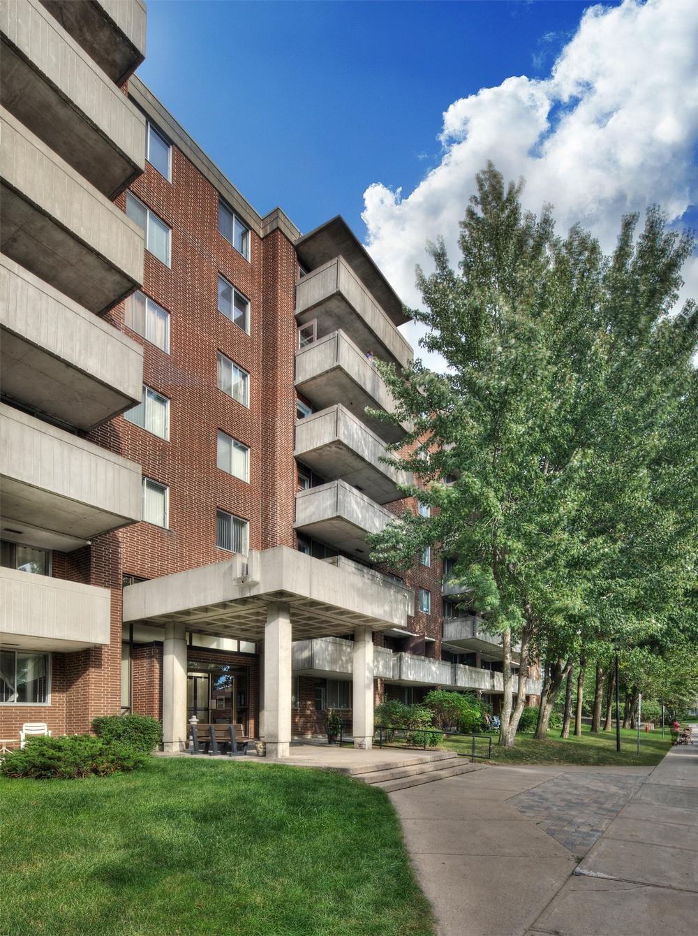 Appartement 2 Chambres a louer à Kirkland a Promenade Canvin - Photo 03 - PagesDesLocataires – L9541