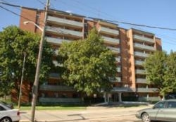 Appartement 2 Chambres a louer à Mississauga a 1020 Shaw Drive - Photo 01 - PagesDesLocataires – L4571