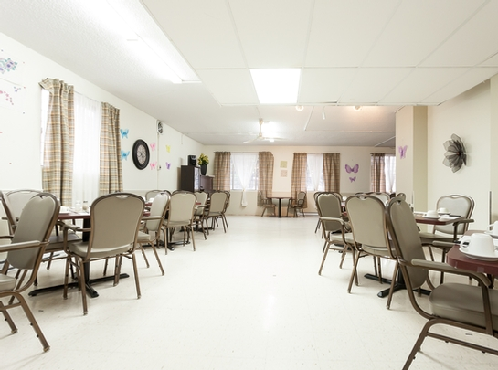 Maison de retraite pour personnes âgées semi-autonomes Studio / Bachelor a louer à Montreal-Nord a Residences Du Confort - Photo 06 - PagesDesLocataires – L19536
