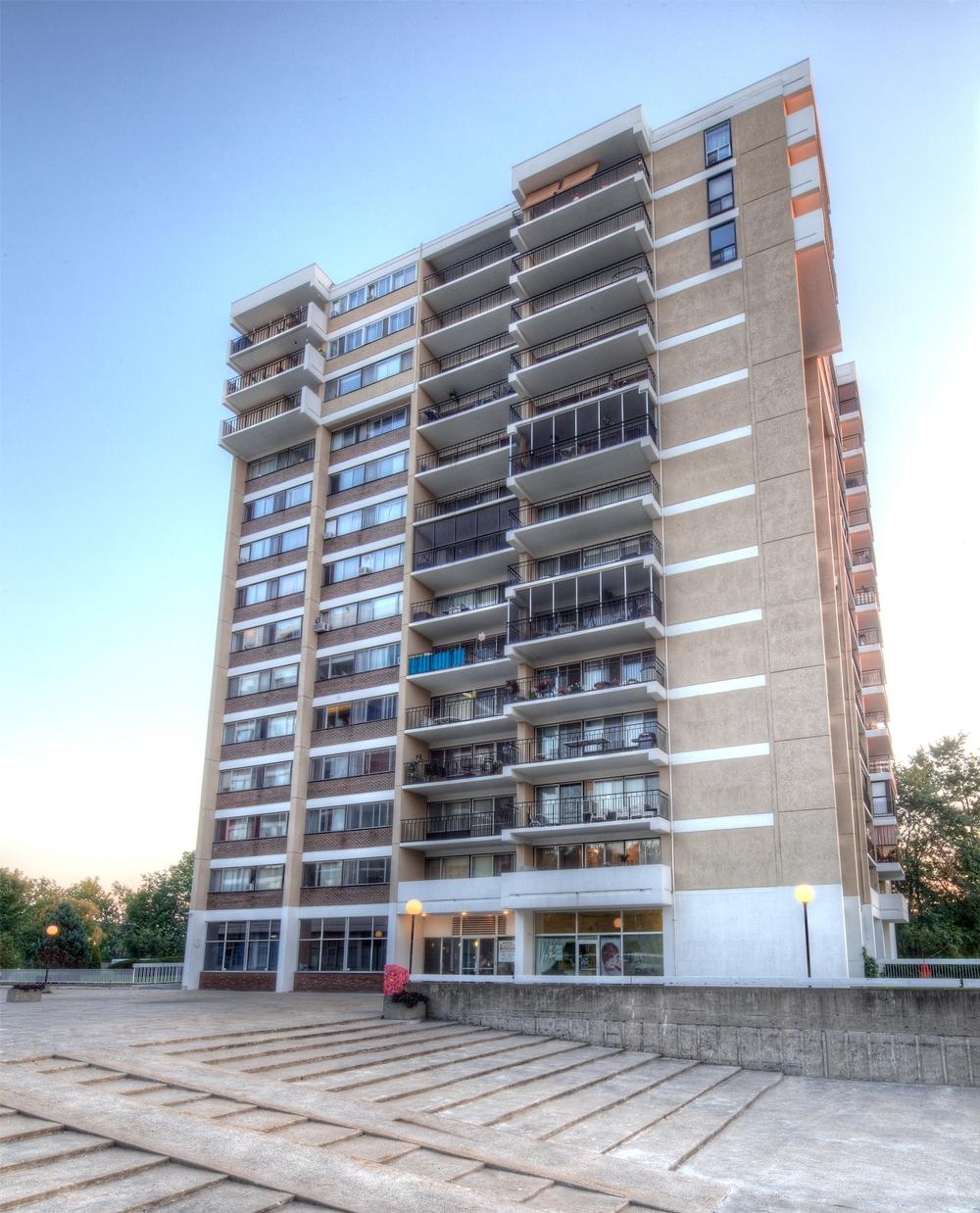 Appartement 4 Chambres a louer à Laval a Havre des Iles - Photo 05 - PagesDesLocataires – L9528