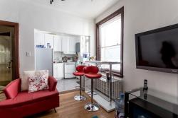 Appartement 2 Chambres a louer à Côte-des-Neiges a 2219-2229 Edouard-Montpetit - Photo 02 - PagesDesLocataires – L693