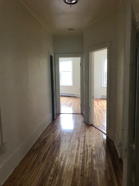 Appartement 3 Chambres a louer à Notre-Dame-de-Grâce a 5621-5627 Sherbrooke Ouest - Photo 09 - PagesDesLocataires – L401599