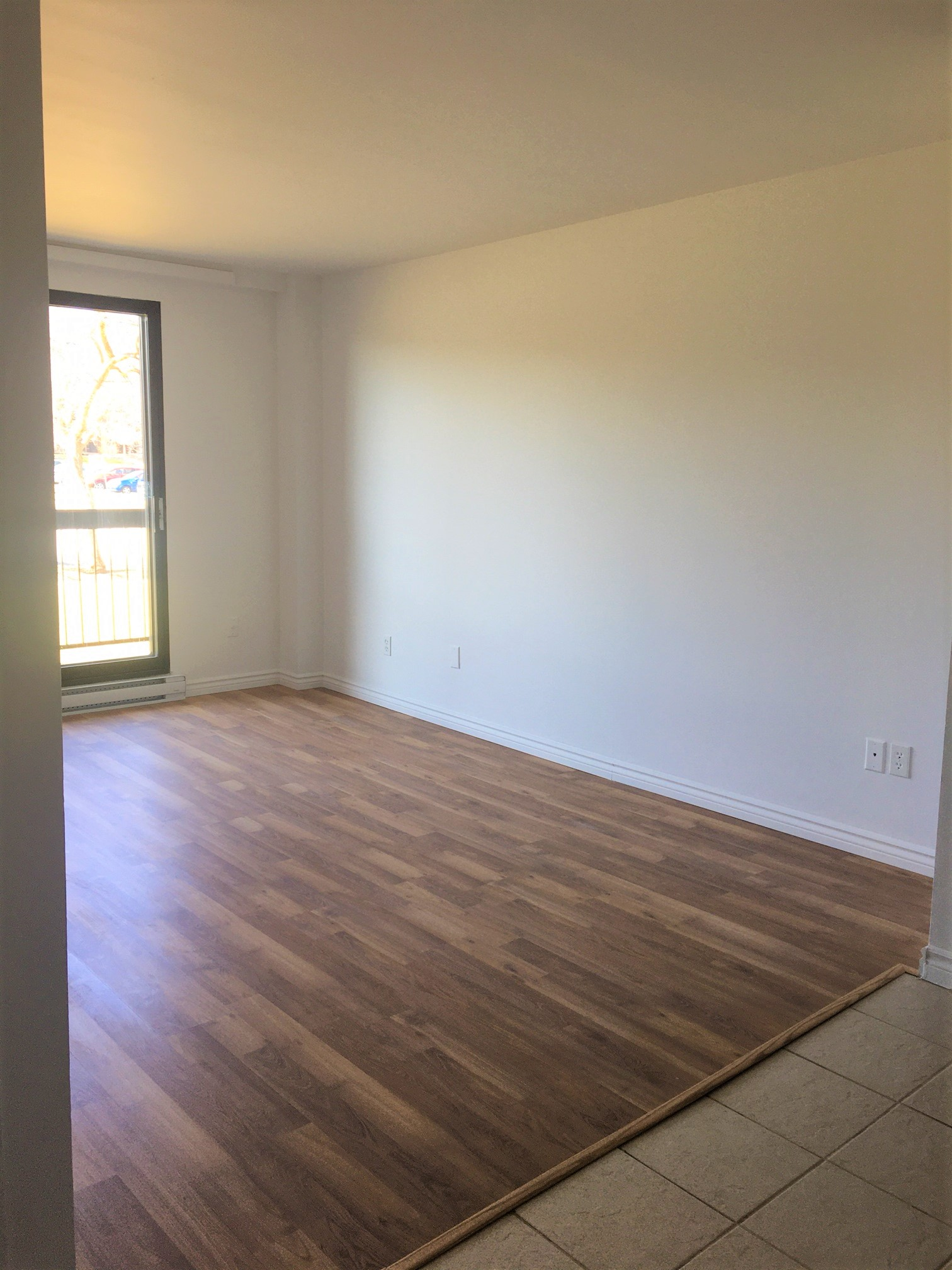 Appartement 1 Chambre a louer à Pointe-aux-Trembles a Habitations de la Rousseliere - Photo 01 - PagesDesLocataires – L1921