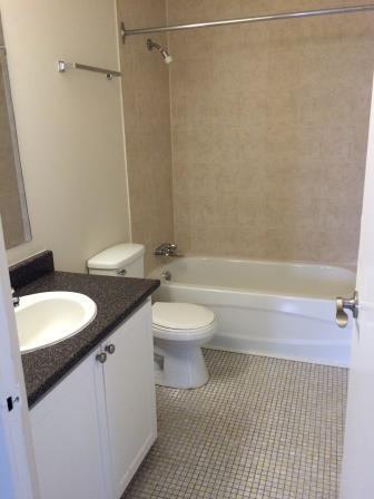 Appartement Studio / Bachelor a louer à Gatineau-Hull a Habitat du Lac Leamy - Photo 01 - PagesDesLocataires – L9125