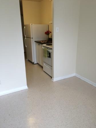 Appartement Studio / Bachelor a louer à Gatineau-Hull a Habitat du Lac Leamy - Photo 02 - PagesDesLocataires – L9125