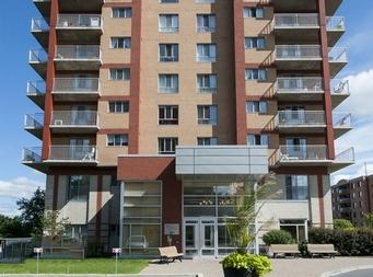 Laval r sidence pour personnes g es autonomes 2 chambres - Salle de bain maison de retraite ...