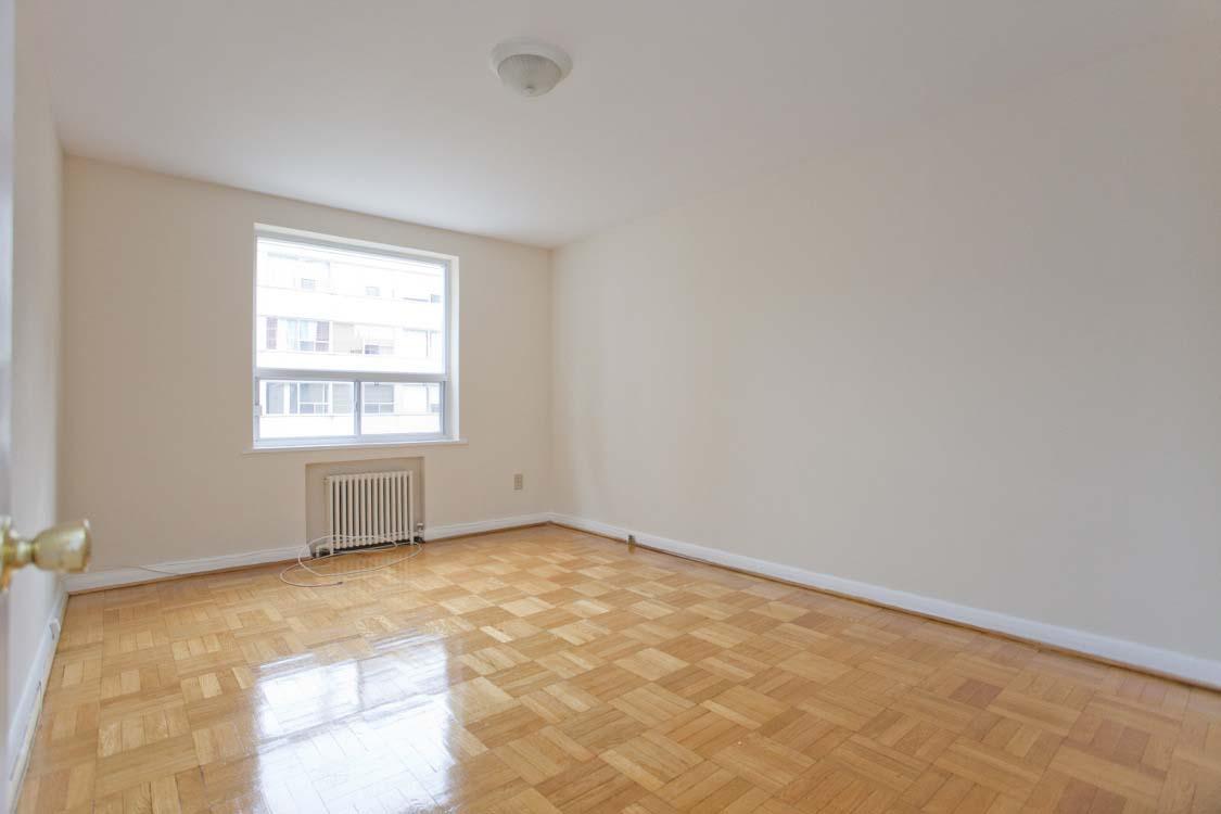 Appartement 1 Chambre a louer à Toronto a Broadway - Photo 06 - PagesDesLocataires – L395846