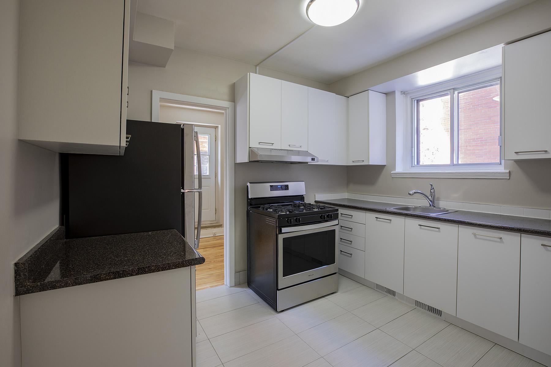 Appartement 3 Chambres a louer à Côte-des-Neiges a 5000 Clanranald - Photo 08 - PagesDesLocataires – L401549