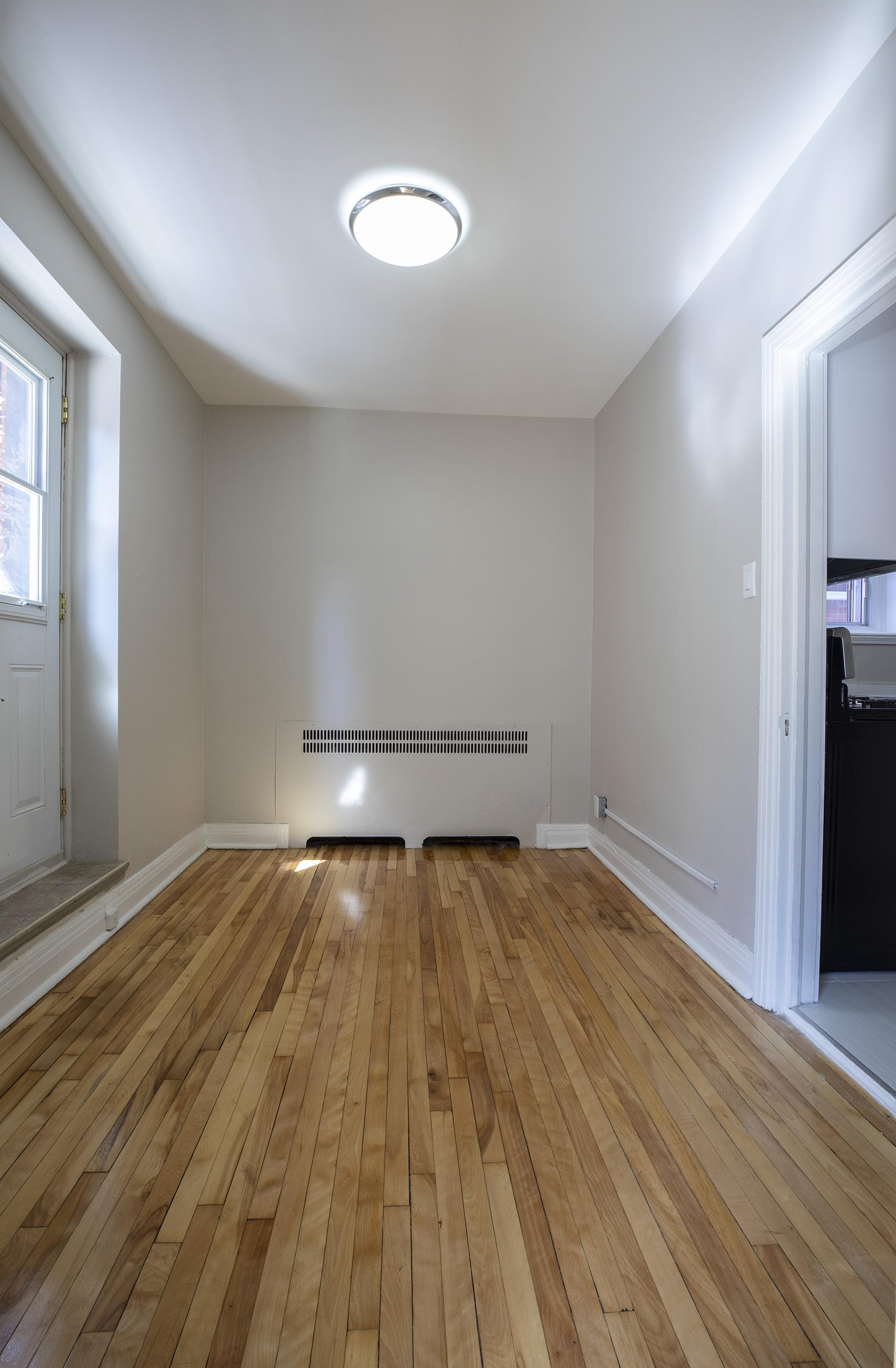 Appartement 3 Chambres a louer à Côte-des-Neiges a 5000 Clanranald - Photo 11 - PagesDesLocataires – L401549