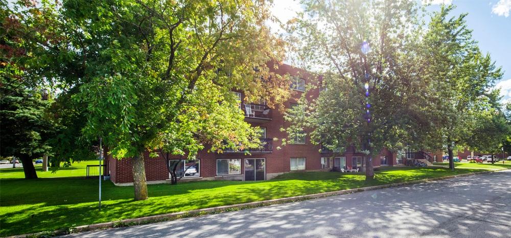 Appartement 3 Chambres a louer à Châteauguay a Pasteur - Photo 03 - PagesDesLocataires – L9513