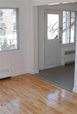 Appartement 2 Chambres a louer à Notre-Dame-de-Grâce a 2410-2420 Madison - Photo 04 - PagesDesLocataires – L9636