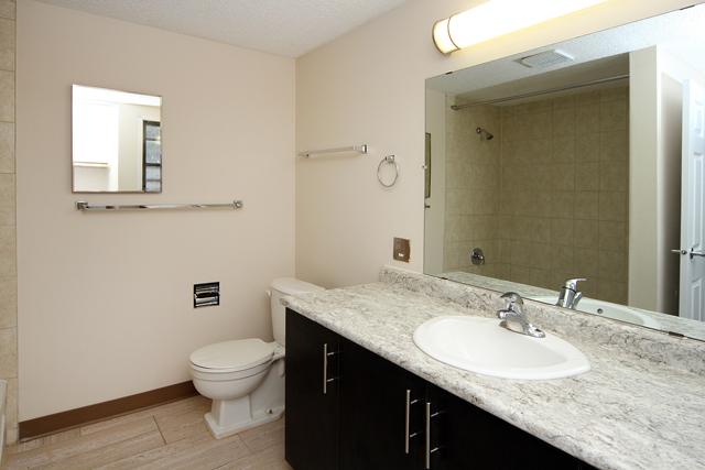 Appartement 3 Chambres a louer à Calgary a Queens Park Village - Photo 10 - PagesDesLocataires – L395695
