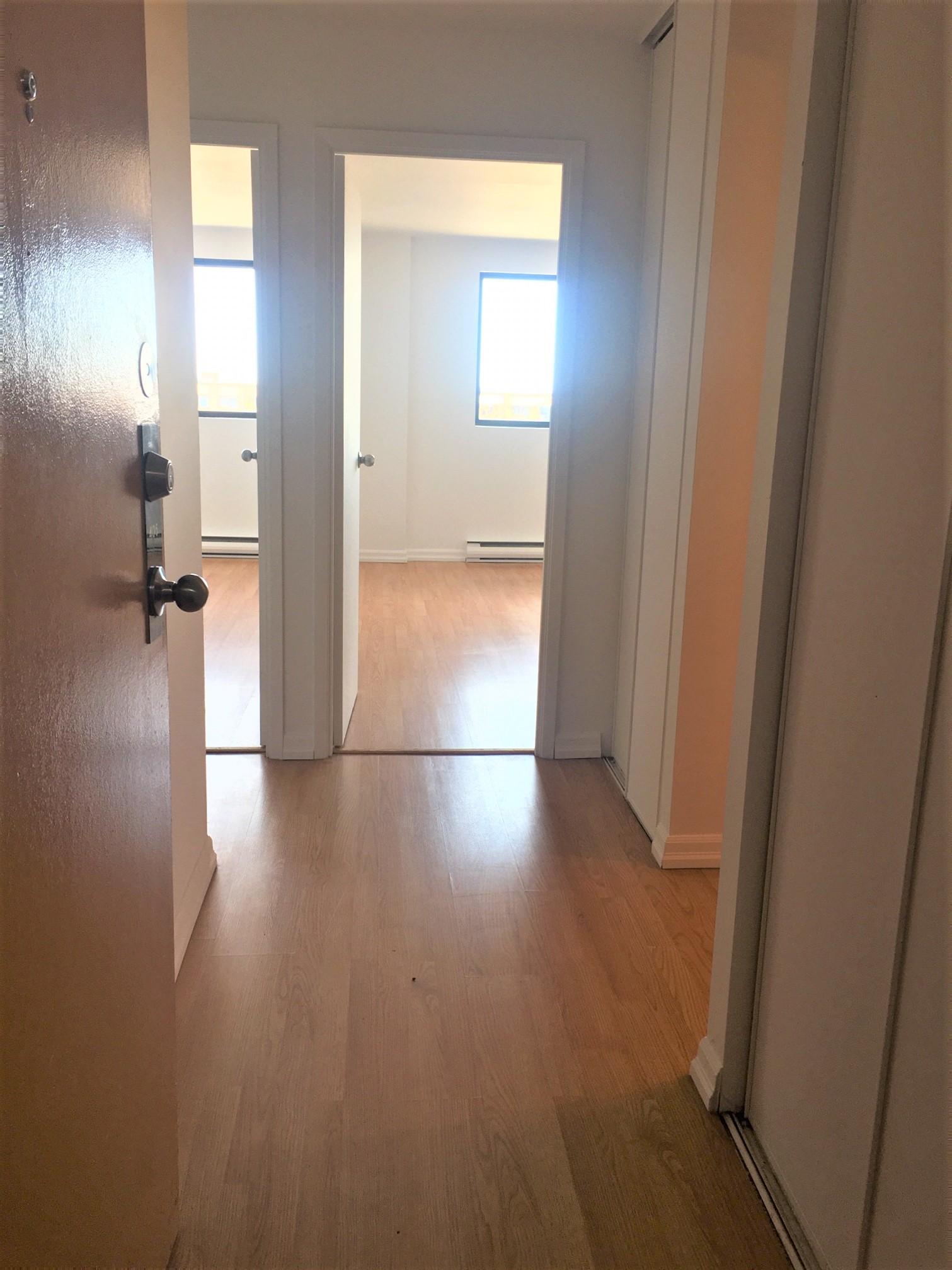 Appartement 2 Chambres a louer à Pointe-aux-Trembles a Habitations de la Rousseliere - Photo 01 - PagesDesLocataires – L1922