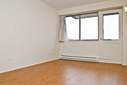 Appartement Studio / Bachelor a louer à Dorval a Tours Dorval - Photo 01 - PagesDesLocataires – L5544