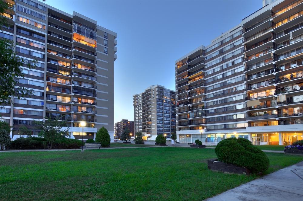 Appartement 2 Chambres a louer à Laval a Havre des Iles - Photo 02 - PagesDesLocataires – L9526