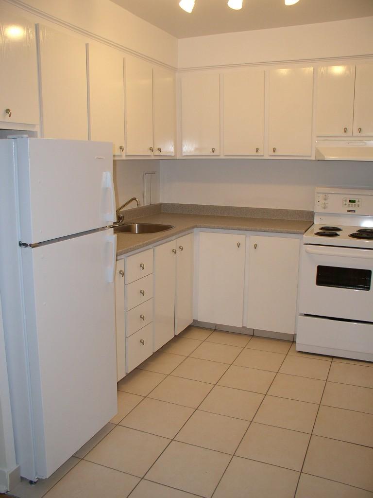 Appartement Studio / Bachelor a louer à Montréal (Centre-Ville) a Nouveau Colisee - Photo 02 - PagesDesLocataires – L23177