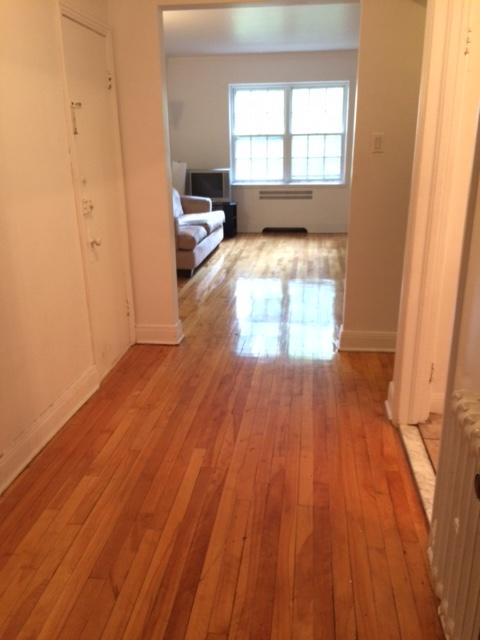 Appartement 1 Chambre a louer à Côte-Saint-Luc a 5781-5783 Cote-St-Luc Road - Photo 01 - PagesDesLocataires – L179183