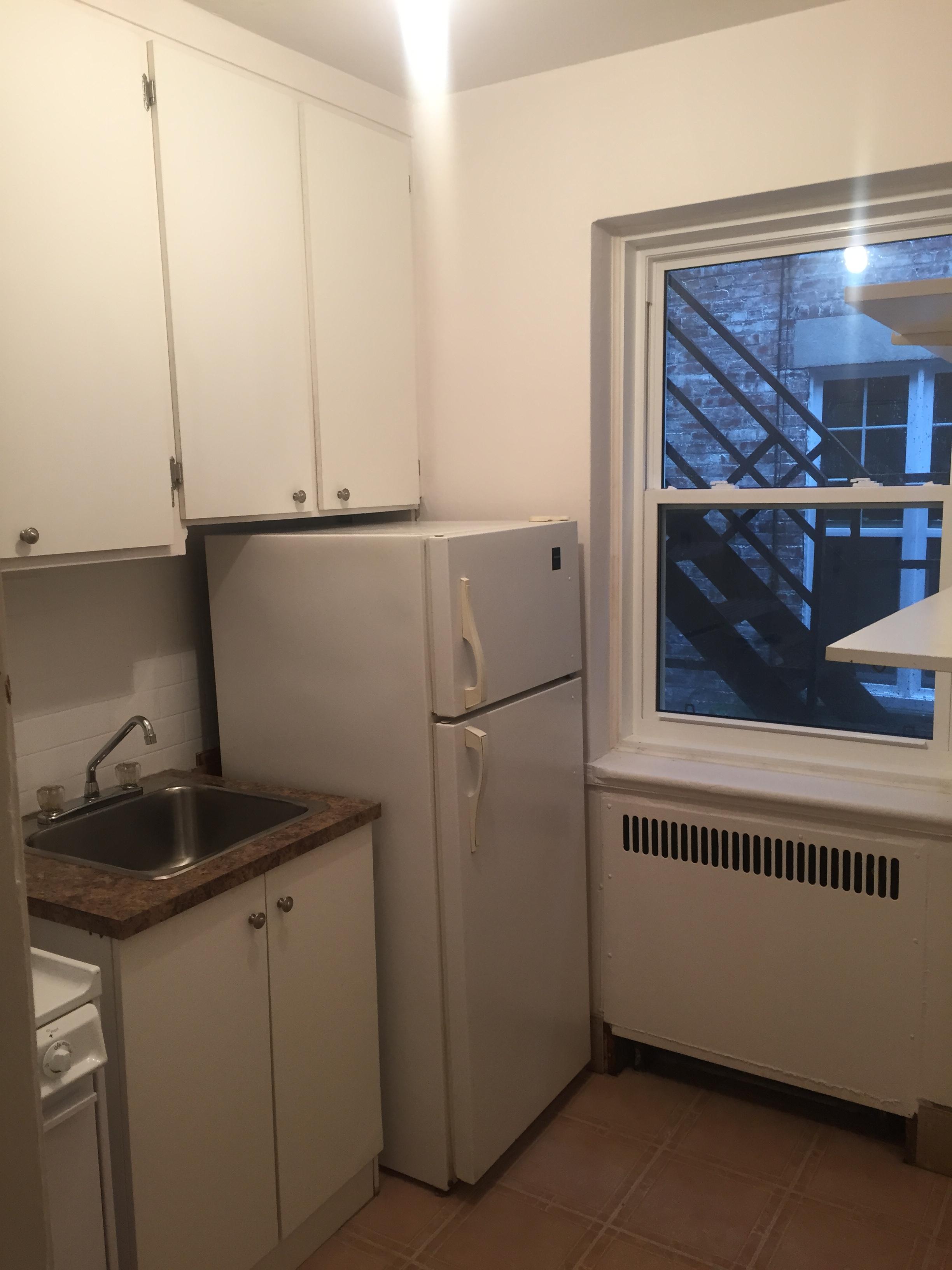 Appartement Studio / Bachelor a louer à Montréal (Centre-Ville) a 2070 Chomedey - Photo 03 - PagesDesLocataires – L112096