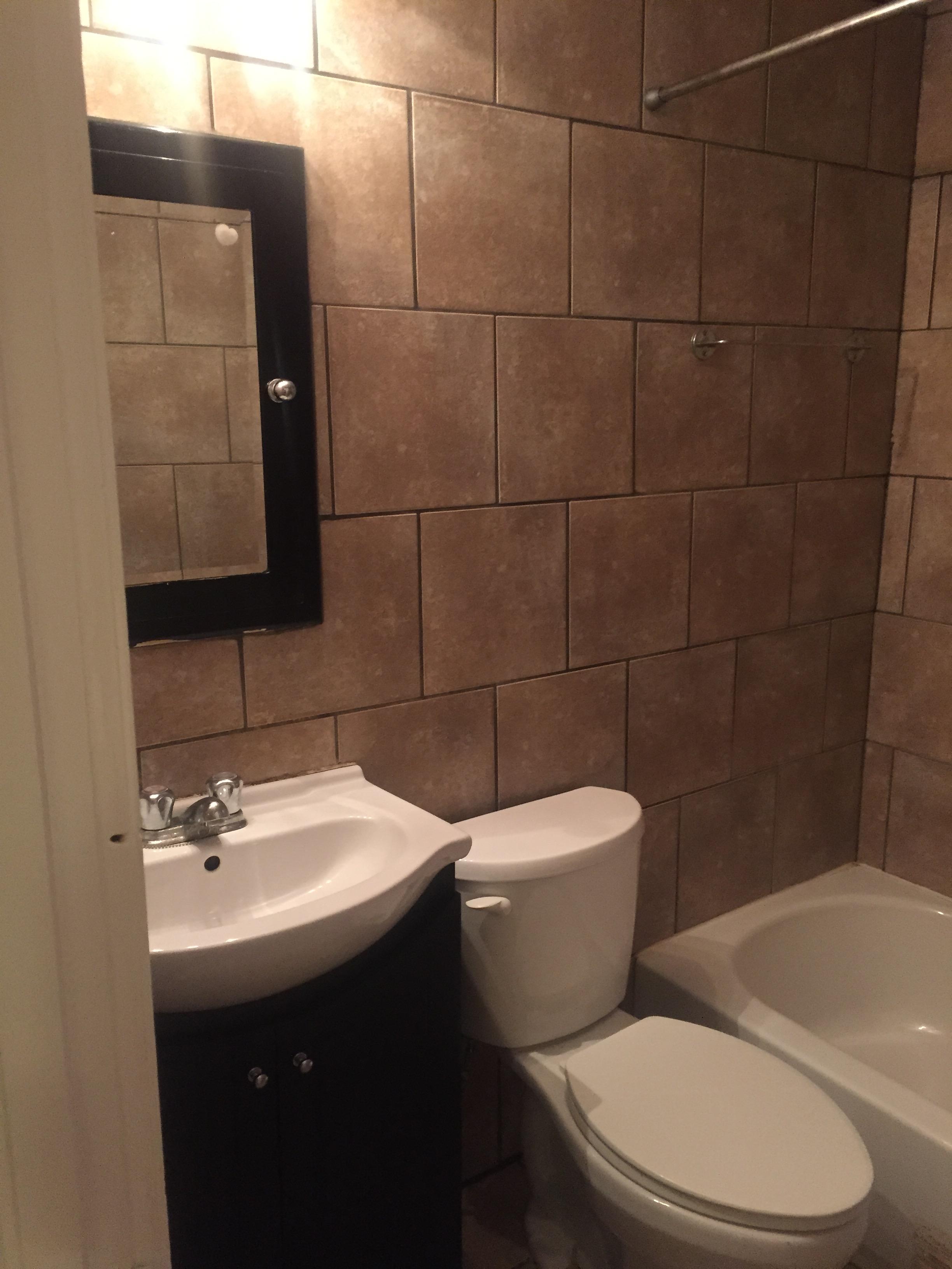 Appartement Studio / Bachelor a louer à Montréal (Centre-Ville) a 2070 Chomedey - Photo 04 - PagesDesLocataires – L112096