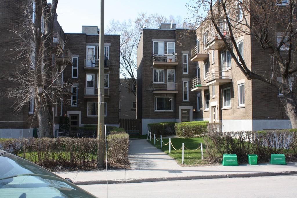 Appartement 2 Chambres a louer à Côte-des-Neiges a 4723-25-27-29 Fulton - Photo 02 - PagesDesLocataires – L23405