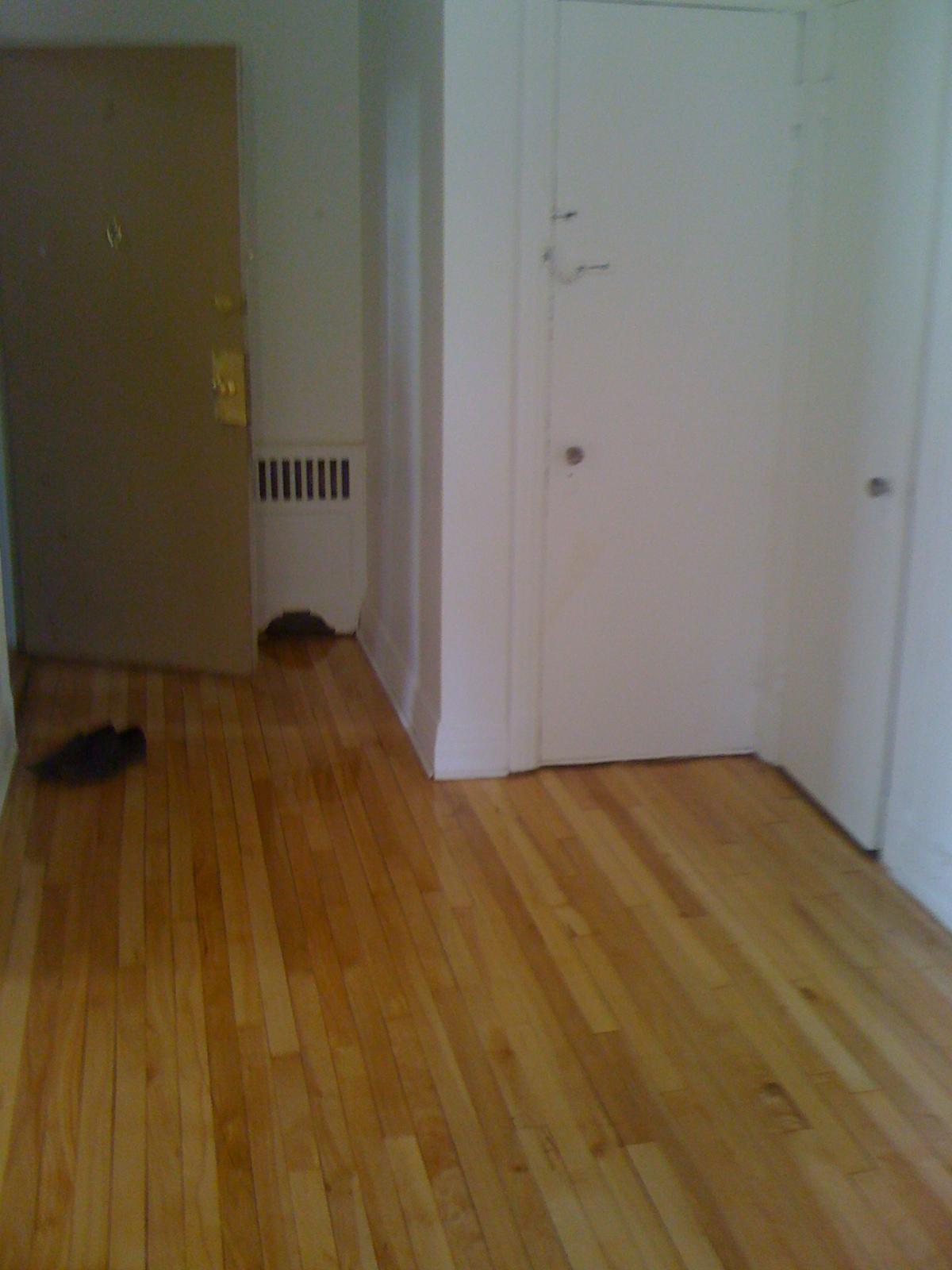 Appartement 2 Chambres a louer à Côte-des-Neiges a 4723-25-27-29 Fulton - Photo 03 - PagesDesLocataires – L23405