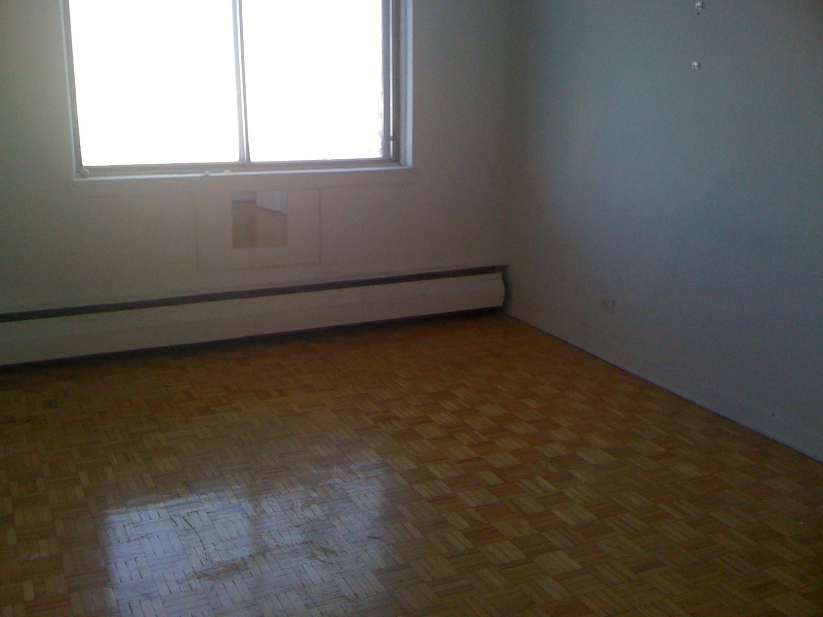 Appartement 2 Chambres a louer à Côte-des-Neiges a 4723-25-27-29 Fulton - Photo 04 - PagesDesLocataires – L23405