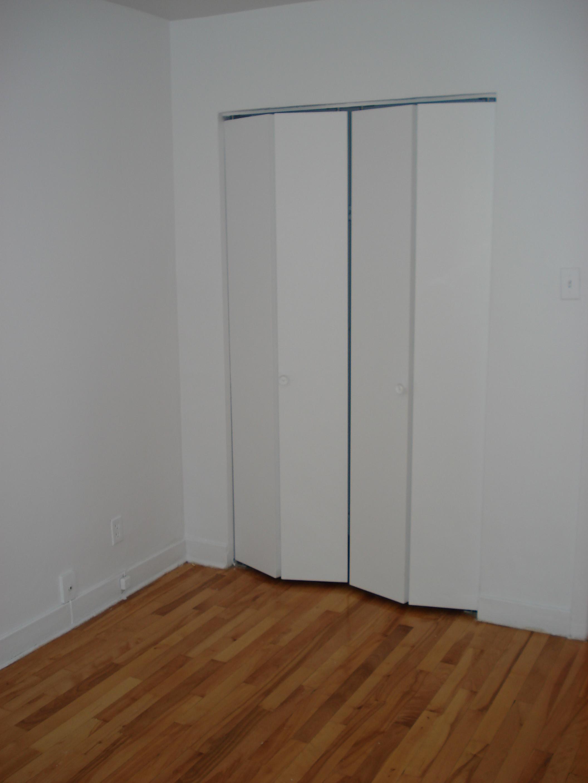 Appartement 1 Chambre a louer à Notre-Dame-de-Grâce a 2410-2420 Madison - Photo 02 - PagesDesLocataires – L22570