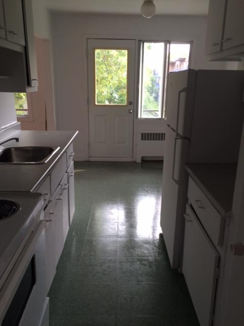 Appartement 1 Chambre a louer à Notre-Dame-de-Grâce a 2410-2420 Madison - Photo 04 - PagesDesLocataires – L22570