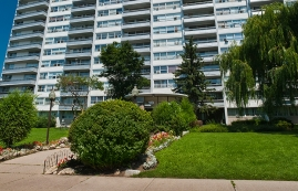 Appartement 2 Chambres a louer à North-York a 120 Shelborne Ave - Photo 01 - PagesDesLocataires – L225027