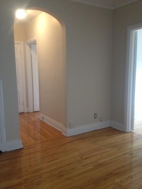 Appartement 2 Chambres a louer à Côte-Saint-Luc a 5801-5805 CSL Road - Photo 04 - PagesDesLocataires – L23404