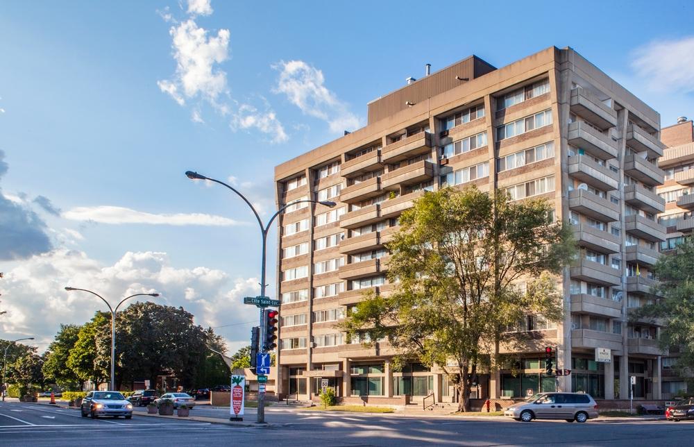 Appartement 2 Chambres a louer à Côte-Saint-Luc a 5505 Cavendish - Photo 03 - PagesDesLocataires – L9518