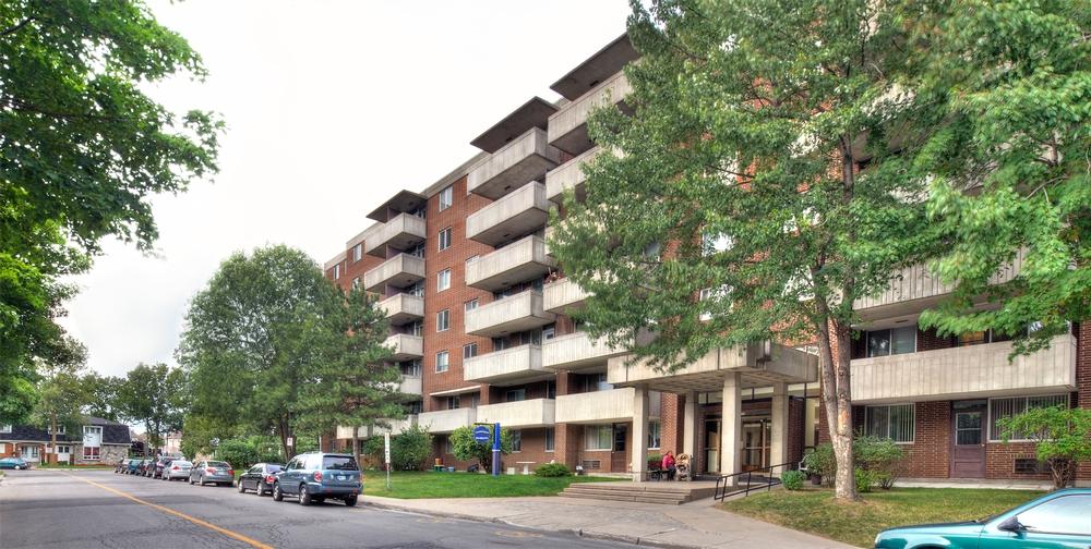 Appartement 3 Chambres a louer à Kirkland a Promenade Canvin - Photo 04 - PagesDesLocataires – L9542